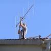 Učvršćujem antenu na krovu